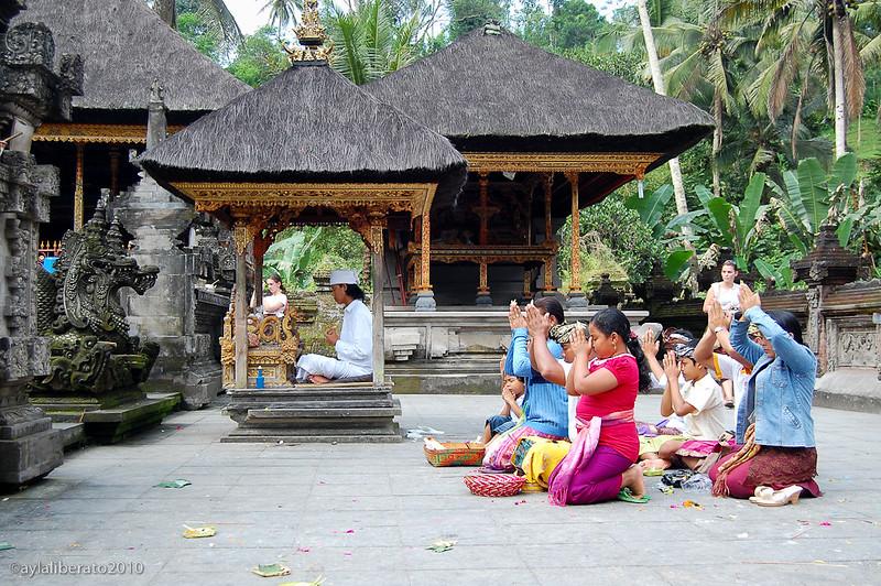 Balinese worship.